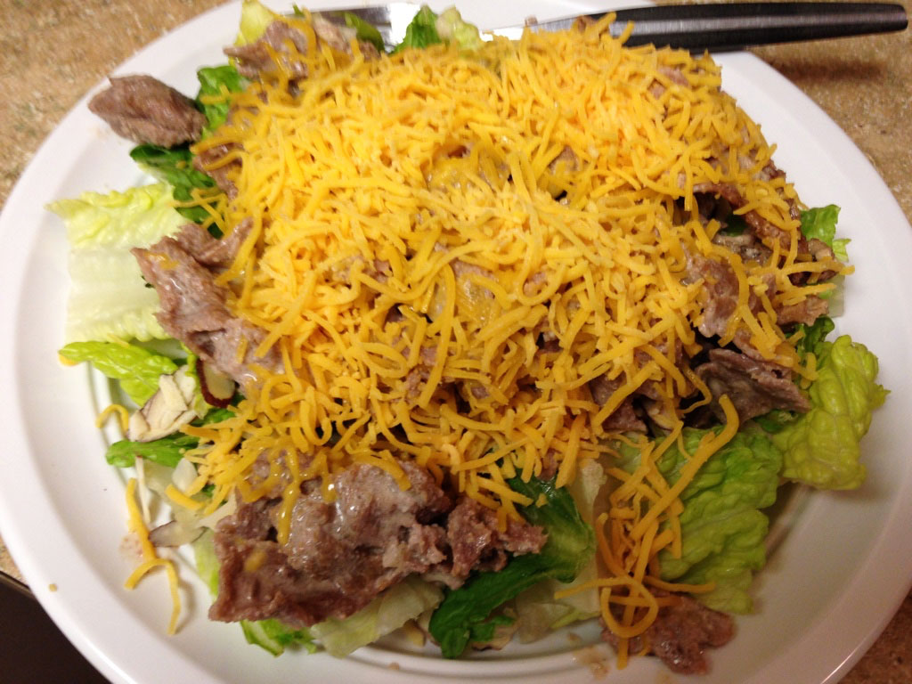 Keto Philly steak salad